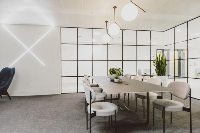 Business Lounge 2-2