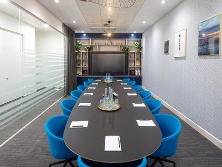 Orega Serviced Offices Glasgow St Vincent Street Meeting Room-min
