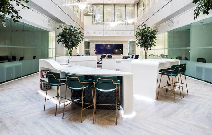Orega-Serviced-Offices-London-Gracechurch-Street-Atrium Breakout Space_Website_1258x800