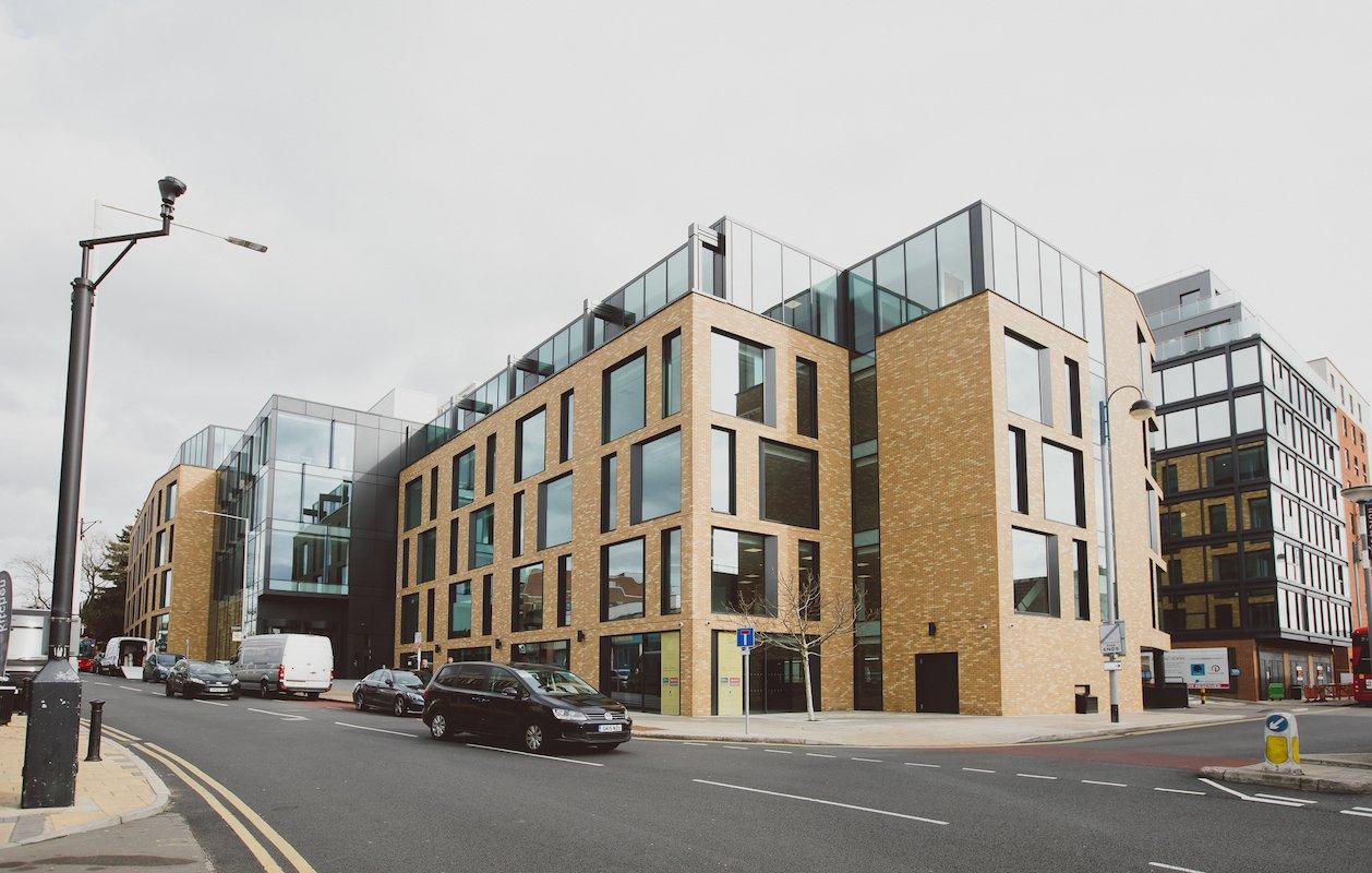 Orega-Serviced-Offices-Uxbridge-Exterior1-website-1258x800