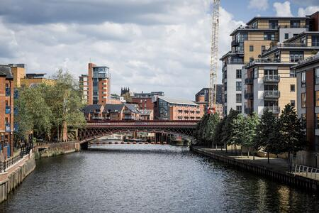 What makes Leeds an attractive business location