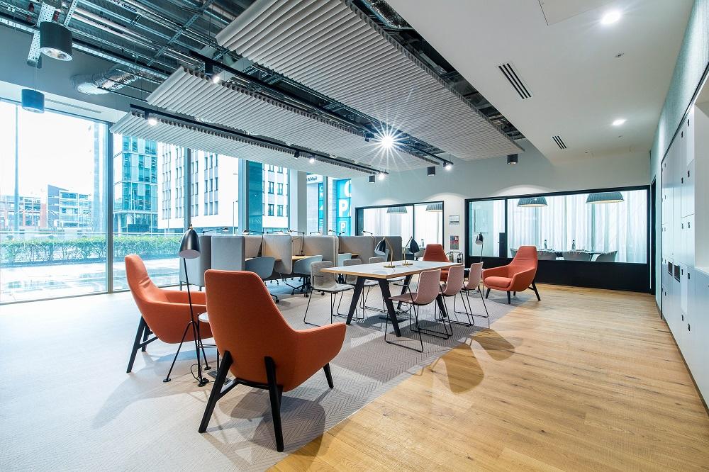 Birmingham_Business Lounge 2_website_1258x800